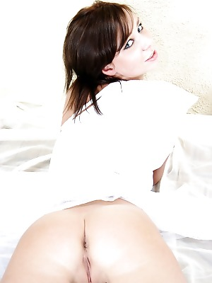 Glam Deluxe  Gianna  18 year, Teens, Young